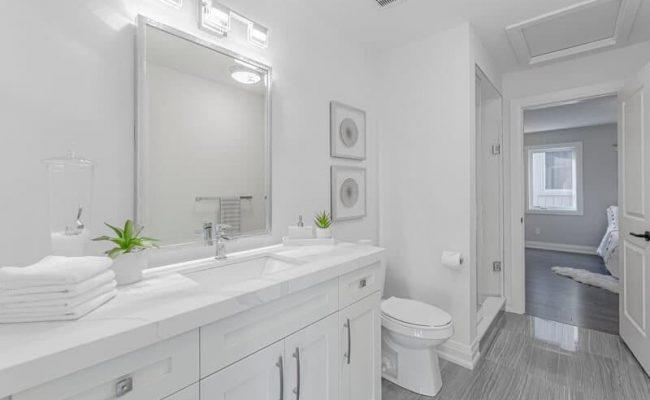 Bathroom Real Estate Photography